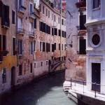 The charming narrow canals give visitors a view of the city as they were in ancient times